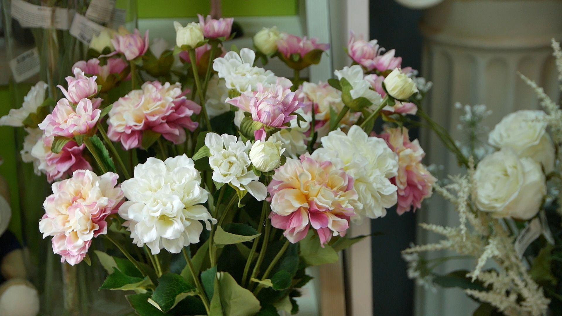 История в деталях   искусственные цветы