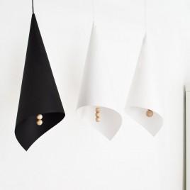 Бумажный абажур с деревянными подвесками